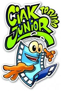 logo_CiakNew-vert